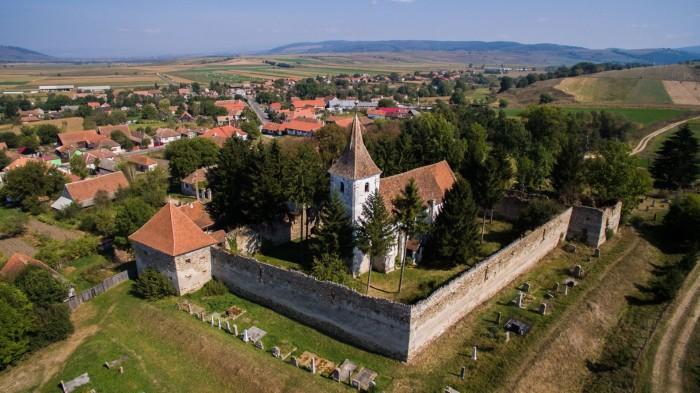 Biserica monument istoric de la Aita Mare